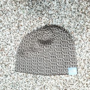The North Face | NWOT Brown & Tan Beanie